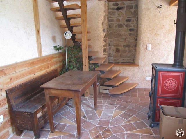 Maisonnette en Haut-Beaujolais