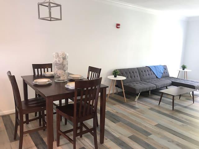 Modern Luxury Apartment in Premier Location