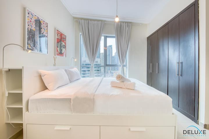 Yiranjia Theme Apartment
