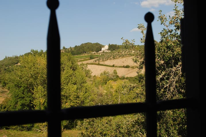 Another panorama showing the historic Strozzi family villa Vistarenni.