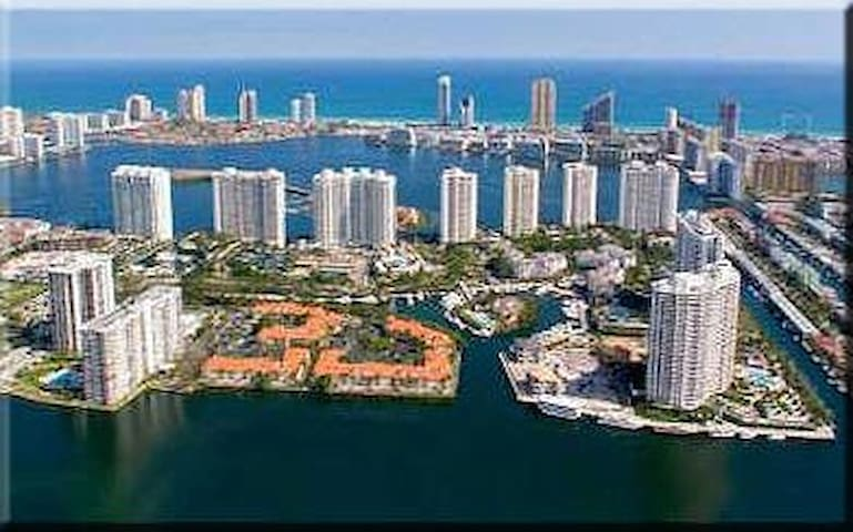 William Island Get Away - Aventura