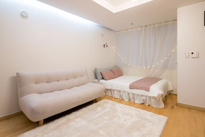 Gangnam station 5 min. Home-like studio