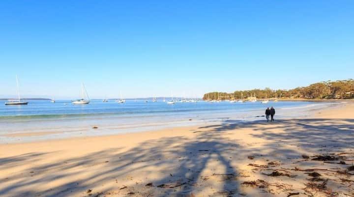 Callala Bay with beach access
