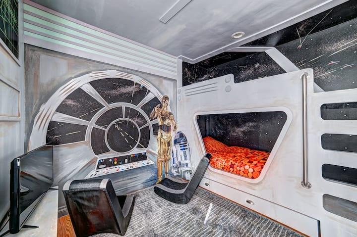 7 BD House Near Disneyland Star Wars Room w/ POOL!