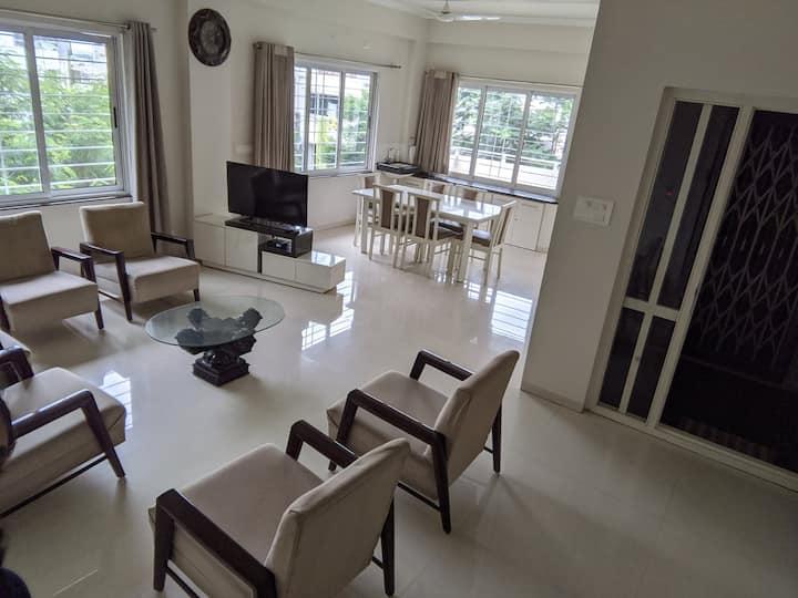 1-Bedroom (Males Only) in Apt, Rd 2, Banjara Hills