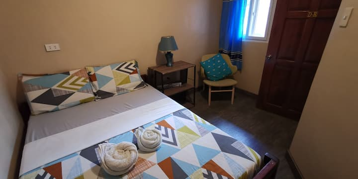 UNK'S HOUSE - COSY DOUBLE ROOM - SHARE BATHROOM