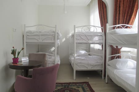 Friendly Dorm room in best location - Istanbul