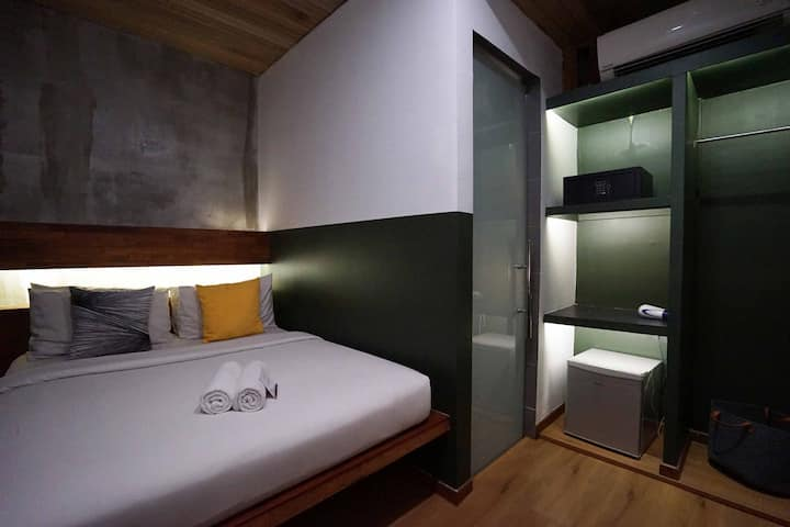 Queen Room by Chaos Hotel @Bukit Bintang