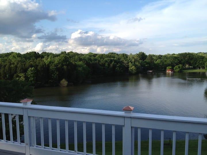 Lakeside Struggle Free Retreat