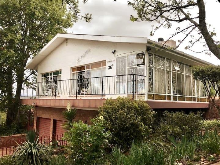 Aandrus @ Kestell House and flat