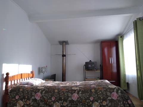 Linda y amplia habitacion en Panguipulli