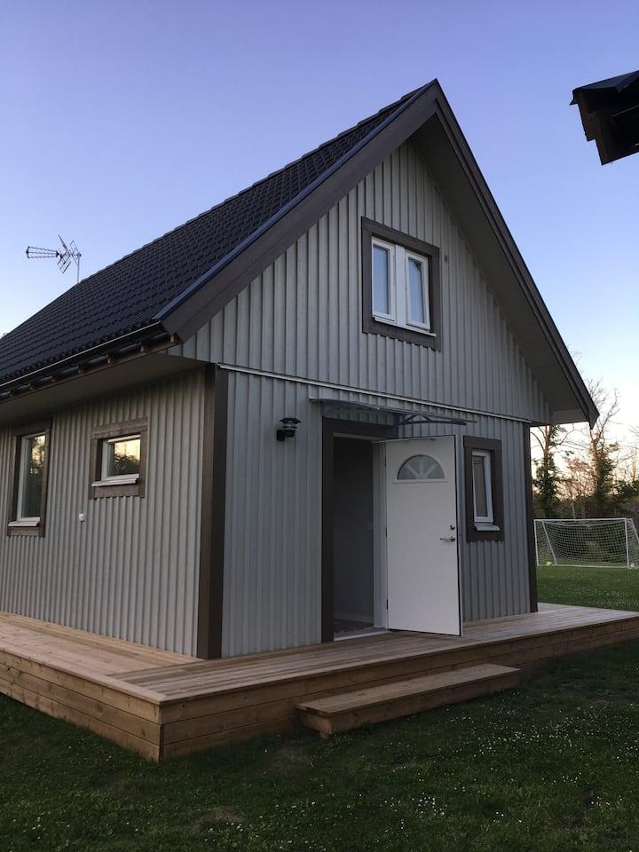 Nybyggd stuga, naturnära på Öland!