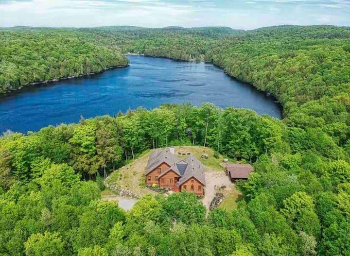 Beautiful cottage at Venne Lake