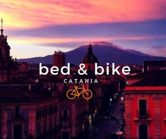 Bed & Bike Catania - คาตาเนีย - อพาร์ทเมนท์