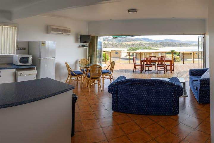 White Sands Resort Ocean View Villa 18