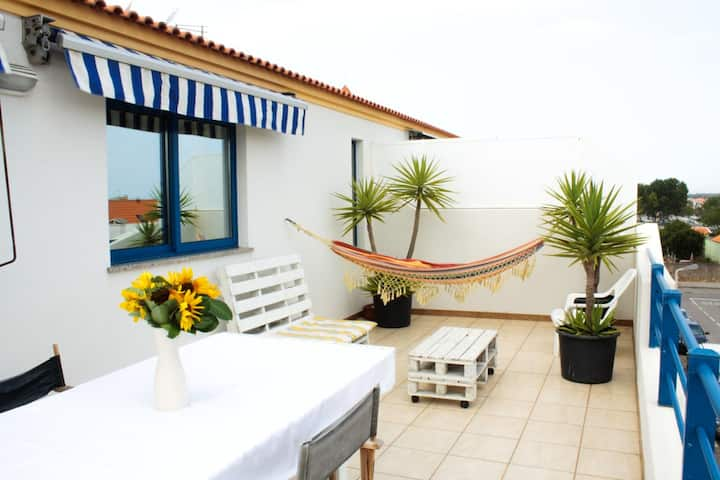 Apartment with 2 bedrooms in Torreira, with wonderful lake view and furnished terrace - 600 m from the beach