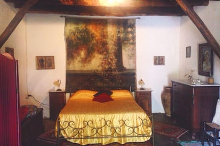 Sala Lisycon - Sant'Angelo di Brolo - Bed & Breakfast