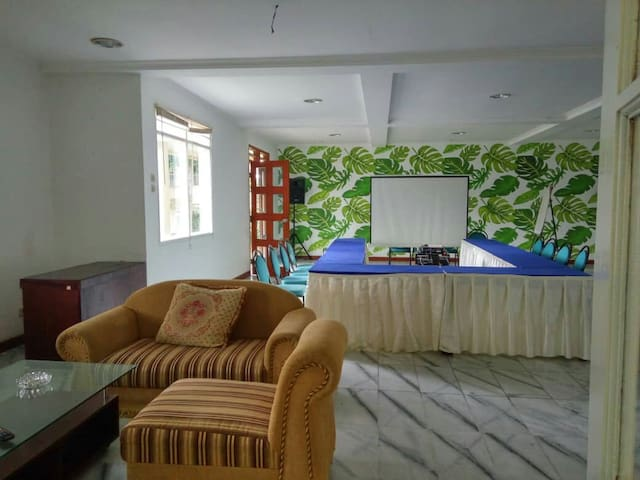 Villa Puncak : One or Two Room For Rent