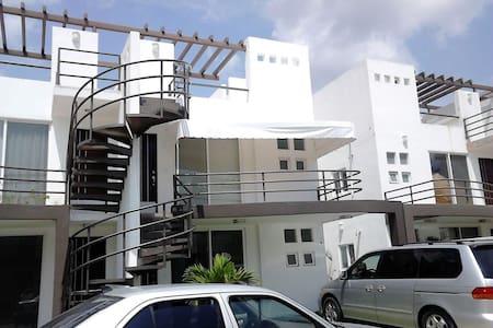 Precioso departamento con alberca y roof, Cuautla. - Cuautla - Apartment