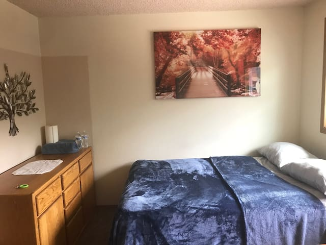 Cozy room with Double sized Bed