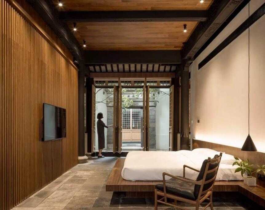 卡尔汉森家具,舒达床垫,斯德福床品,房间宽敞明亮