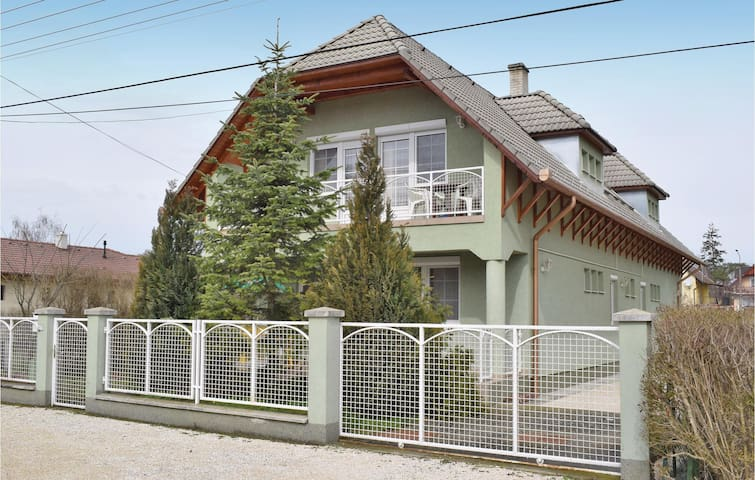 Holiday apartment with 2 bedrooms on 55m² in Balatonlelle