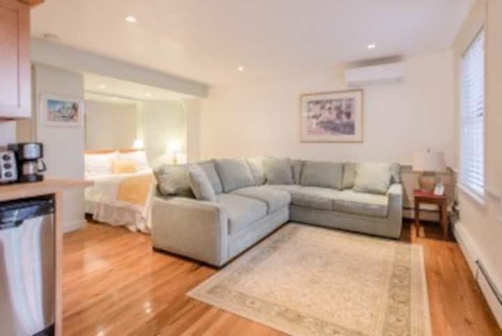 Copley House - Premium Studio