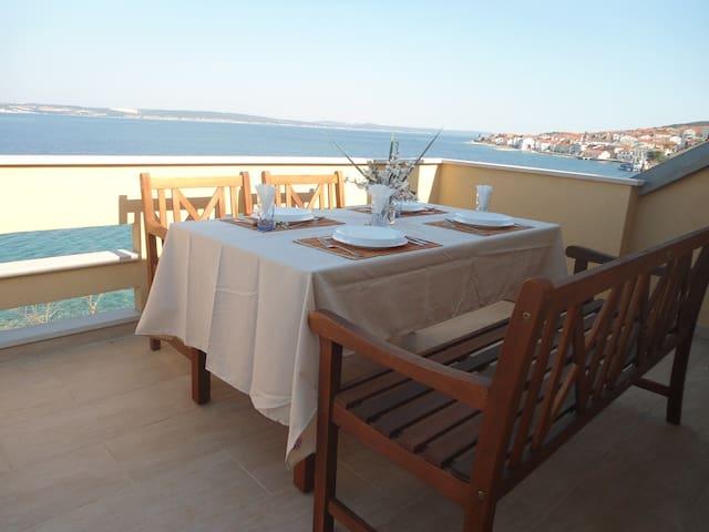 Bella Vista - One Bedroom Apartment with Sea View