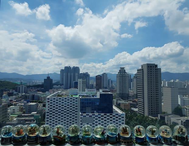 (대구) 동대구역&신세계백화점도보 7분  복층구조 깔끔하고 전망이 멋진 곳