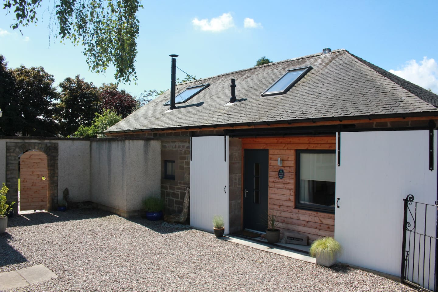 Birch Cottage - a beautiful retreat in the heart of Edzell