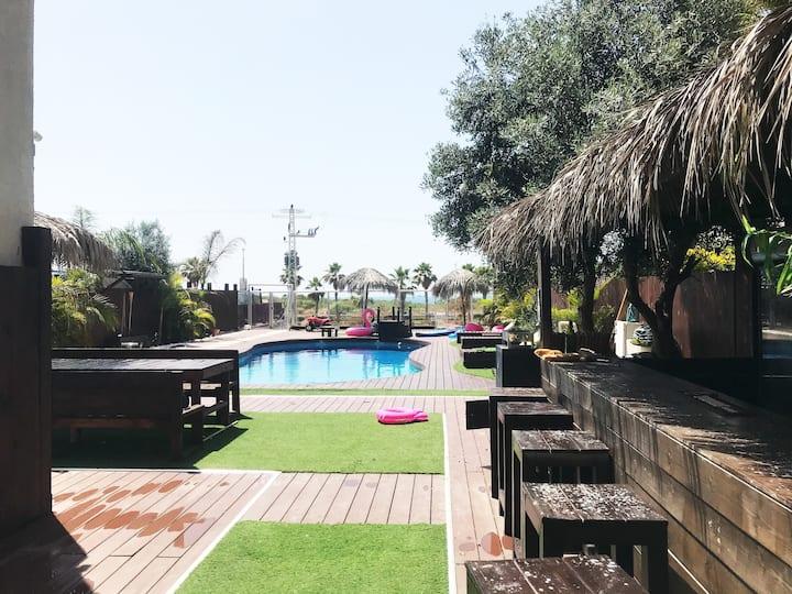 Villa avec piscine  privée à Ashdod: REF/PATRICK