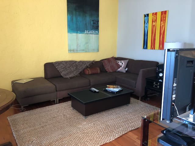 Cozy apartment in ideal location