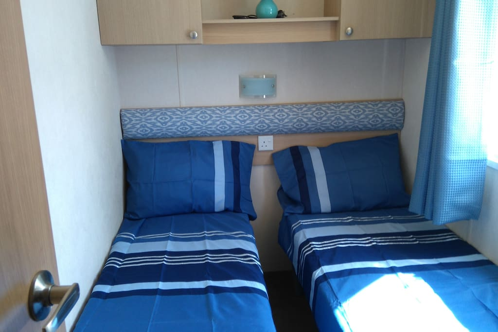 Bedroom 3 single beds