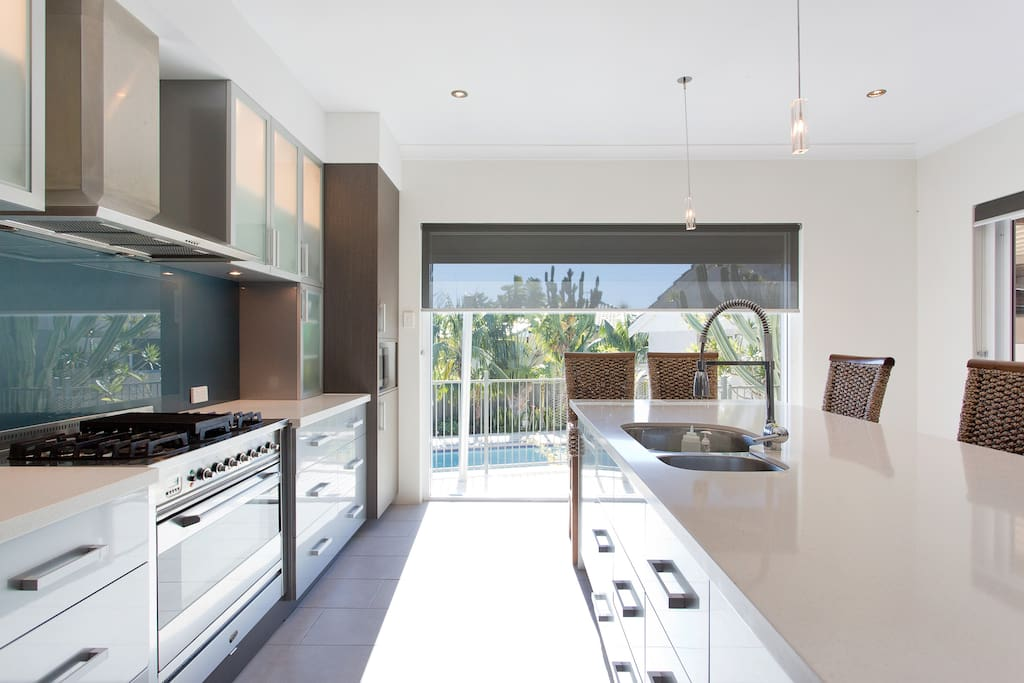 Fully stocked new kitchen with quality appliances