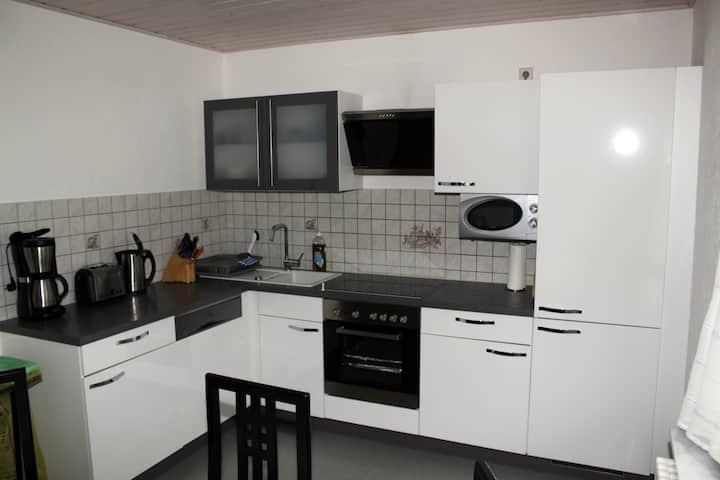 2-Zimmer Ferienwohnung Gailingen +Tiefgaragenplatz