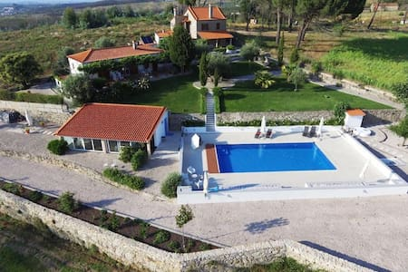 Private house -rural nature with beautiful  Pool