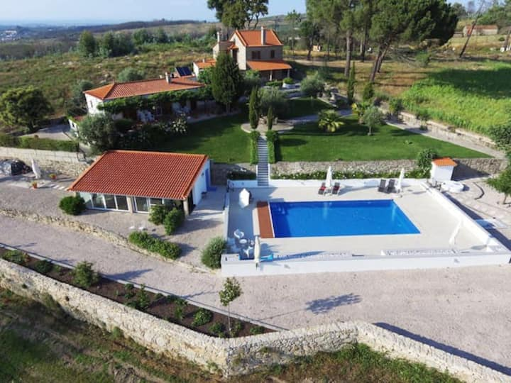 Privacy -rural nature with beautiful PRIVATE POOL.