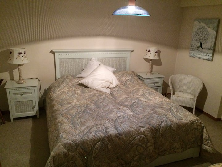 A Cosy and comfortable double room.