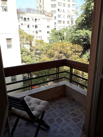 Room w/ private balcony in green Maadi