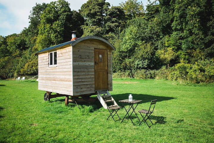 Shepherds Hut - Pine (2-man wagon) - Slane