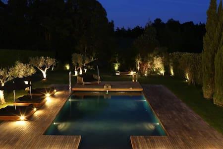 Amazing villa in 5 star resort near Cascais - Sintra