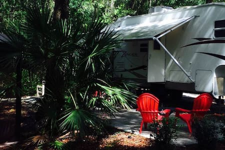 Centrally located/Beautiful Camping Oasis - Saint Augustine