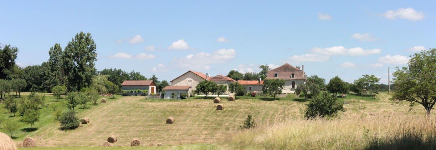Gîte du Pavillon au coeur de la Dordogne - La Chapelle-Gonaguet - Teljesen felszerelt lakás