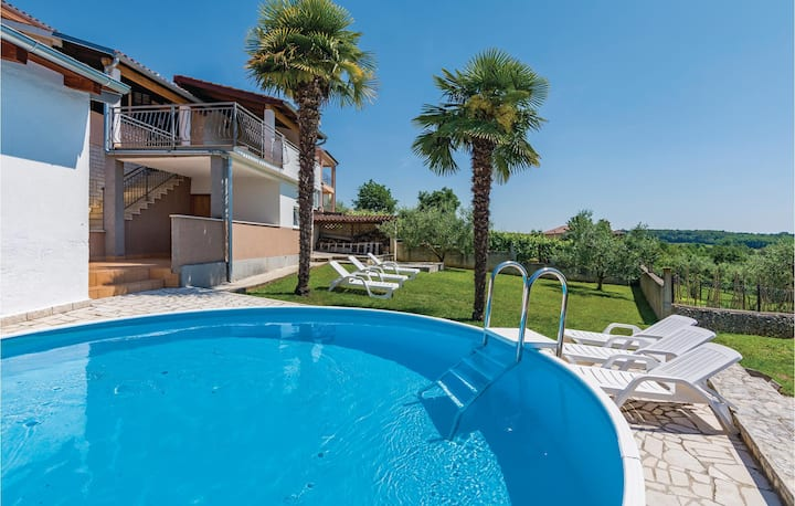 Nice home in Fuskulin with WiFi and 4 Bedrooms