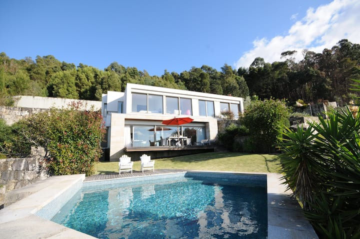 Villa 266-Modern Villa with outstanding sea views.