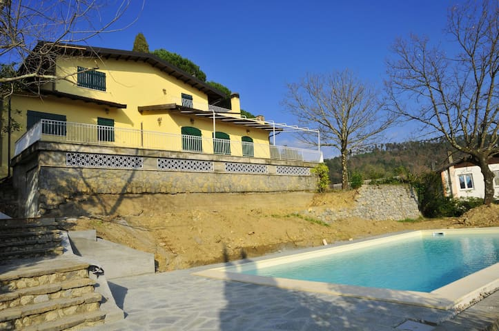 VILLA COLLINA DEL SOLE with infinite pool and view - Colombiera-molicciara