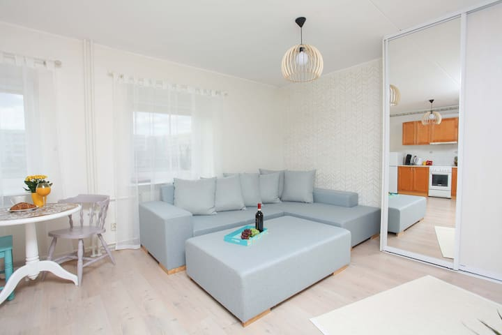 Cozy seaside studio apartment - Pärnu - Flat