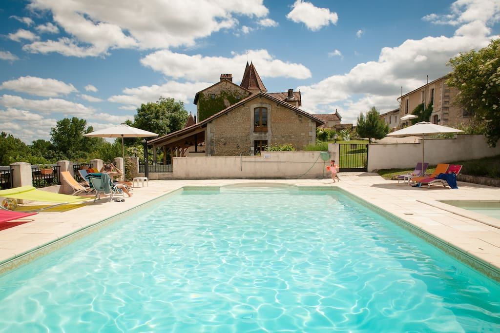 Large heated pool and toddler pool