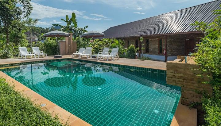 2 Bedroom Apartment pool villa