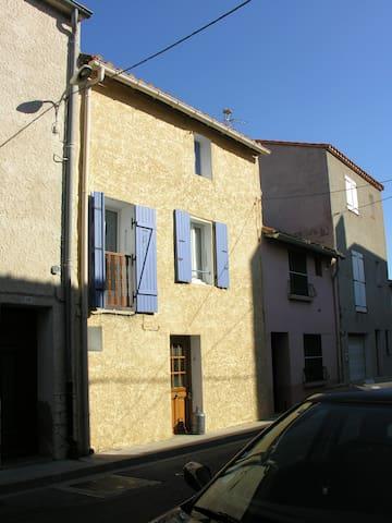 maison de village dans le 66 - Peyrestortes - Ev